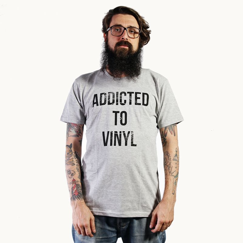 Camiseta Addicted to Vinyl