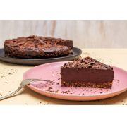 torta de chocolate 63% cacau e granola  (inteira)