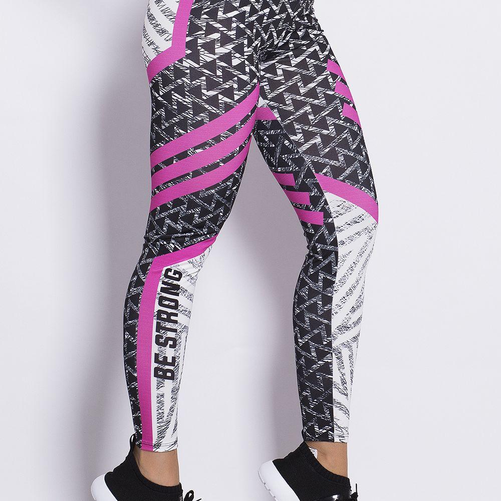 Calça Fitness Sublimada Black Triangles - Vitrine Casual - Moda e ... abb2bea20b8