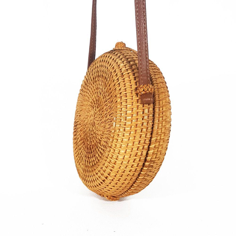 a2bf18b8b BOLSA REDONDA CANTIL PALHA RATTAN BAMBU TIRACOLO - MODA PRAIA - Classe Bag
