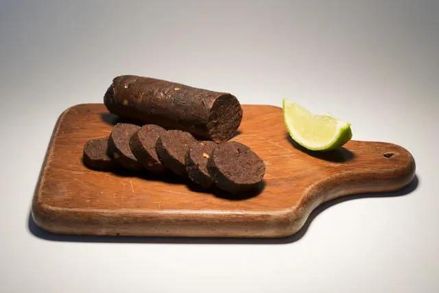 Veganinha - Linguiça Calabresa Apimentada Vegetal