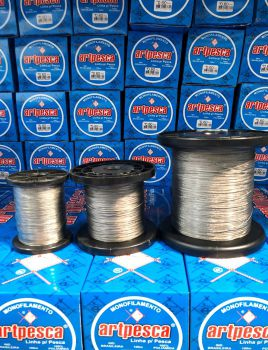Cabo de Aço Inox Revestido com Nylon 80 Lbs - resist: 36,320kg - diâmetro: 0,78mm Rolo com 500m  - Artpesca