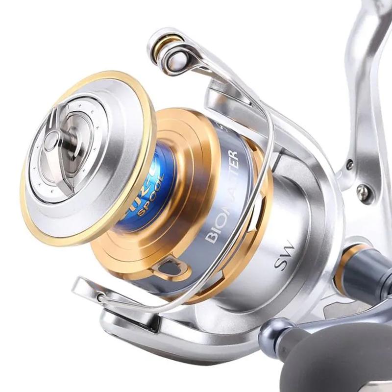 Molinete Shimano Biomaster SW 10000 HG (Drag 13kg, 7 Rol., Rec. 5.7:1)