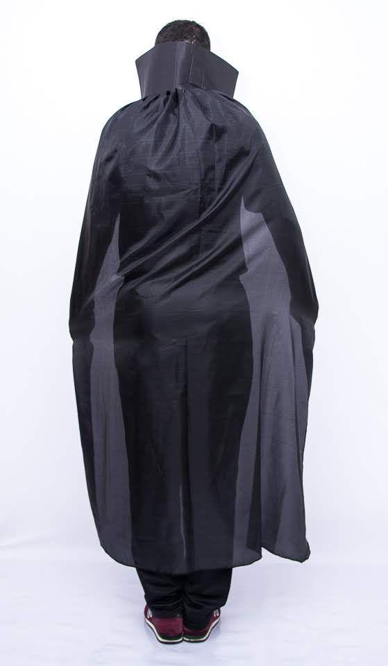 Capa Drácula Preto Adulto