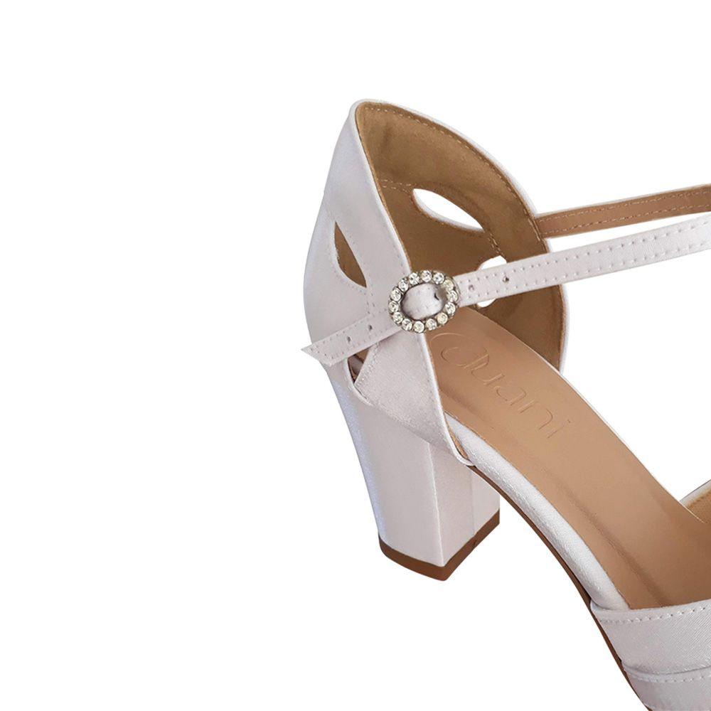 Sandalia De Noiva Debutante Branca Salto Baixo Medio Grosso