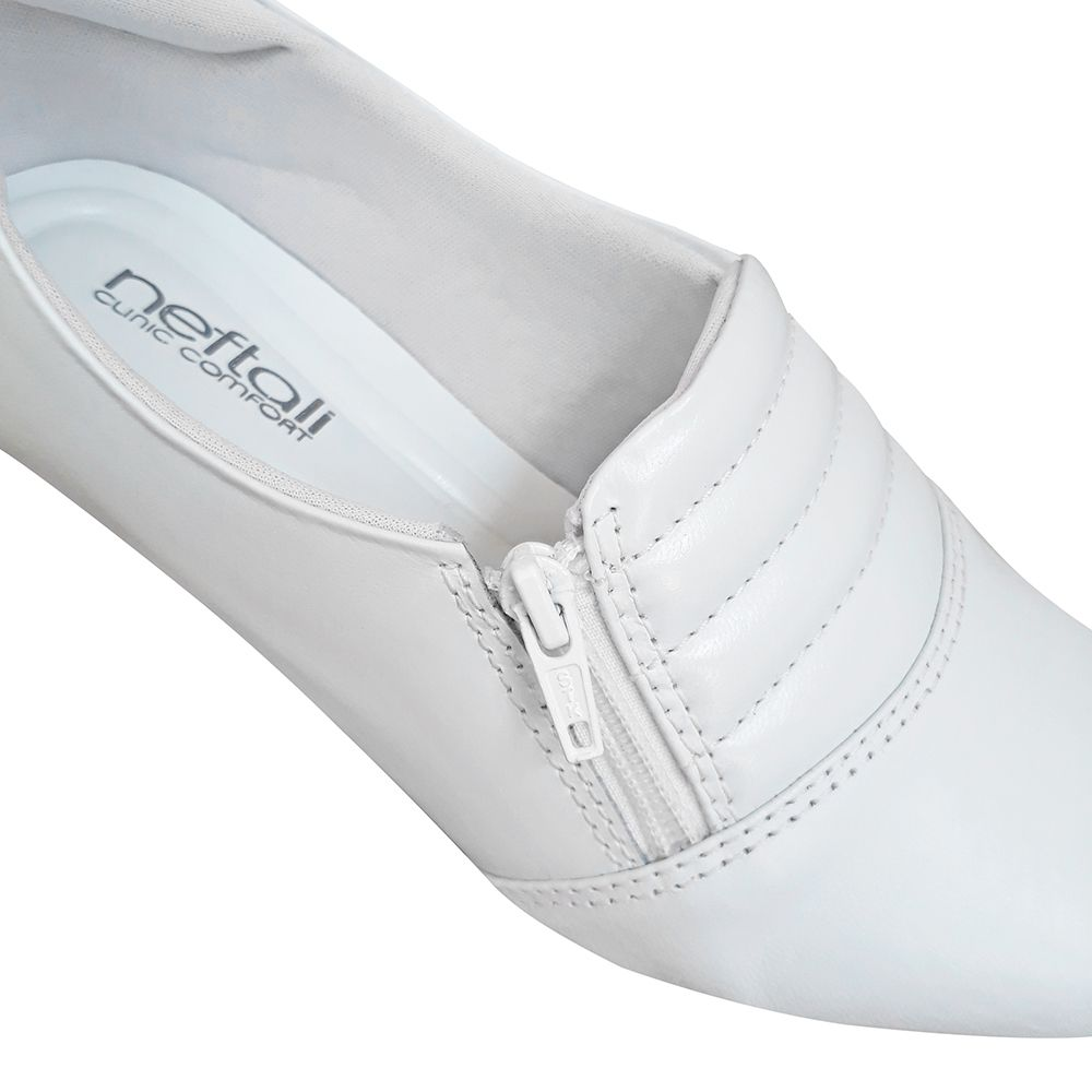 Sapato Branco ou Marinho Enfermagem Salto Baixo Fechado Couro