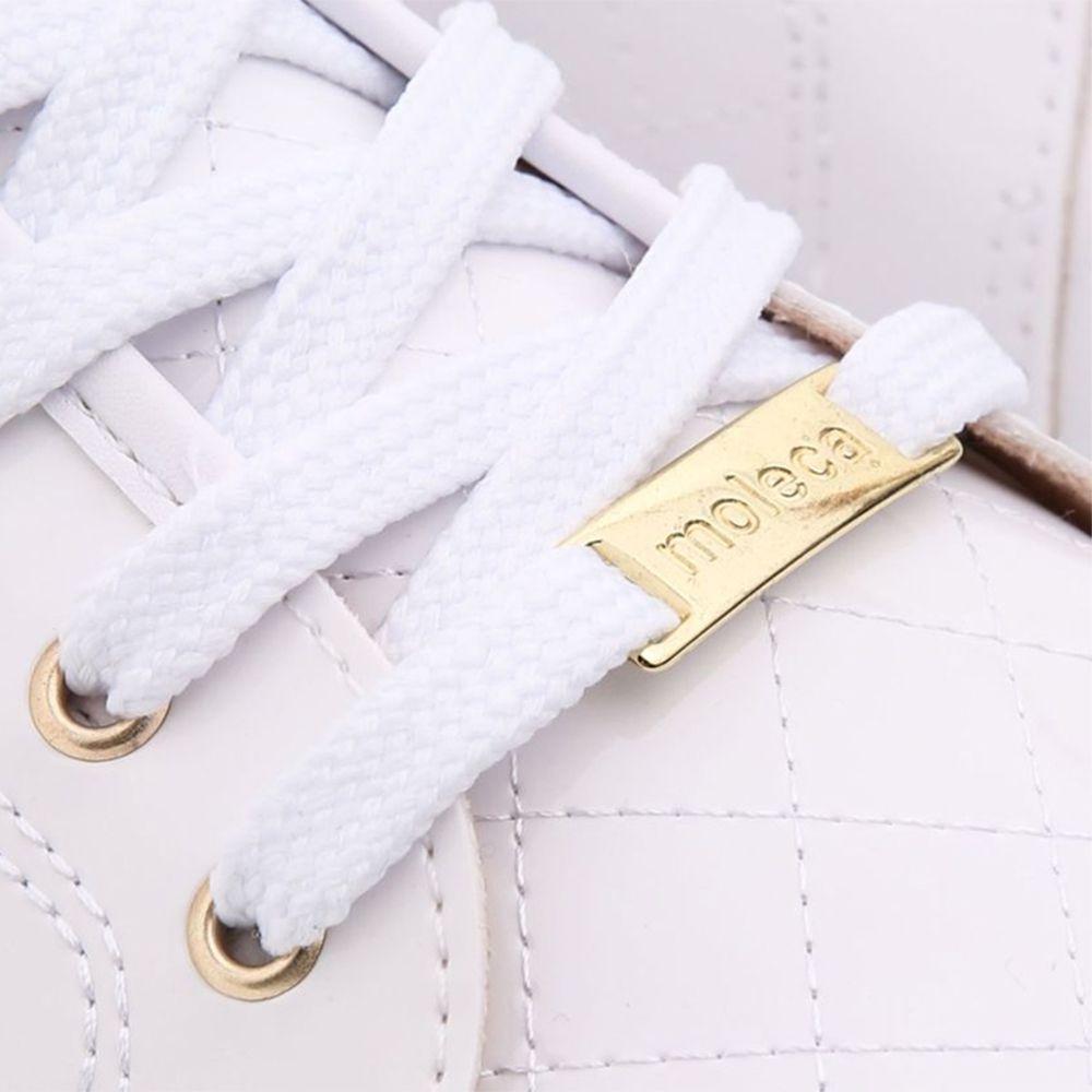 Tênis Feminino Branco ou Preto Verniz De Cadarço Matelassê