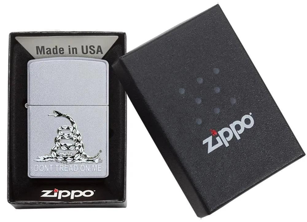 Isqueiro Zippo Don't Tread On Me Cobra Branco e Preto 29841