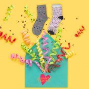 Clube meia com estampa coloridas - Surpresa todo mês