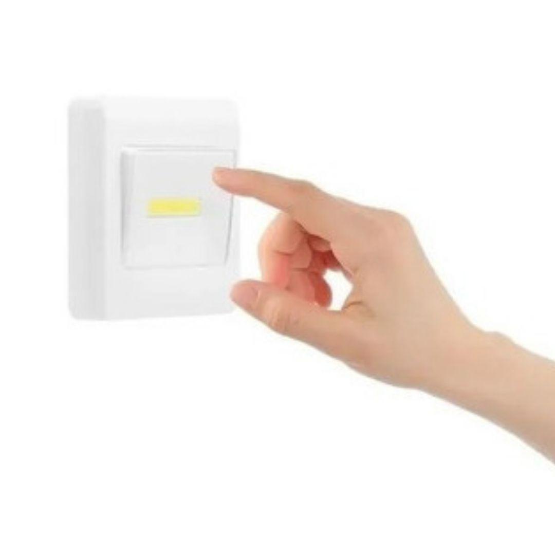 Luminária Led Botão Abajur Corredor Armário Imã Pilha