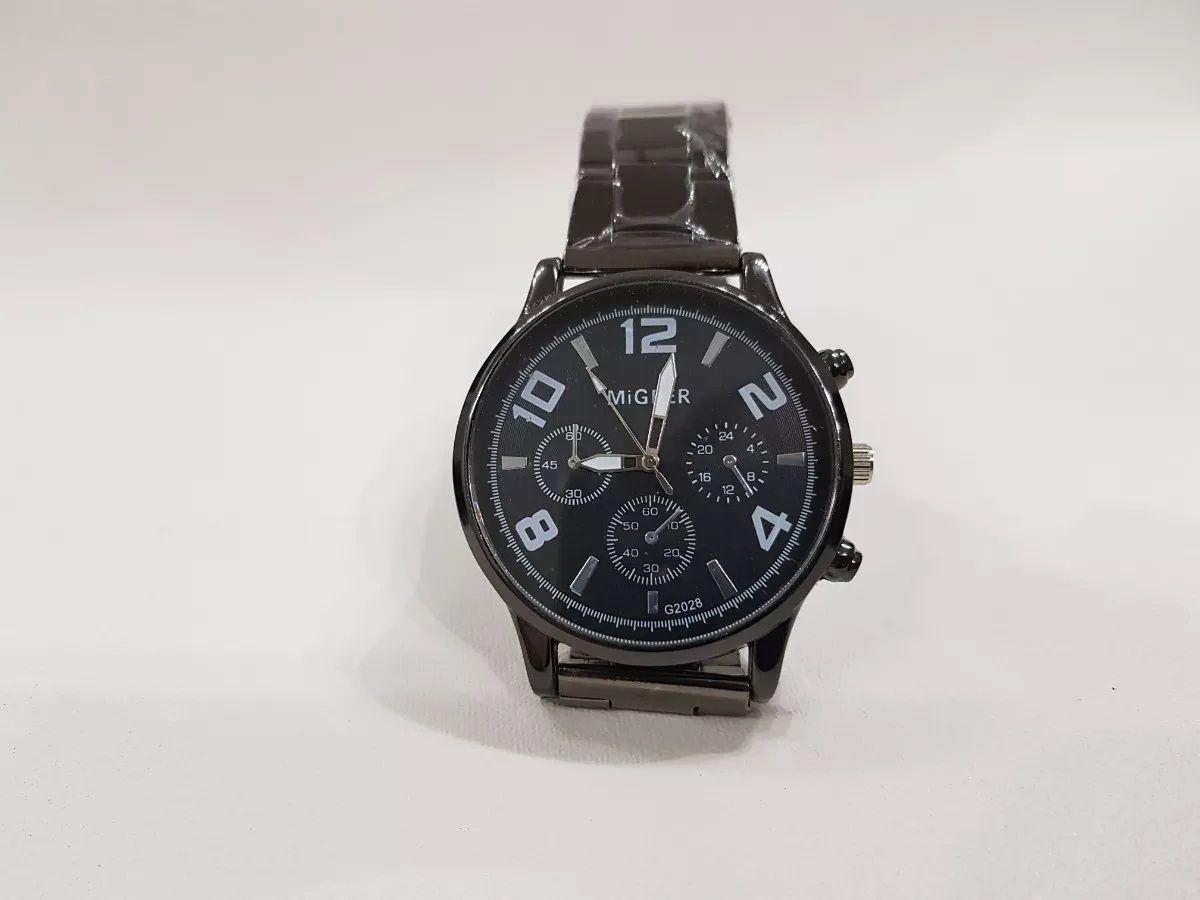 Relógio Migeer Preto Cromado Adulto G2028