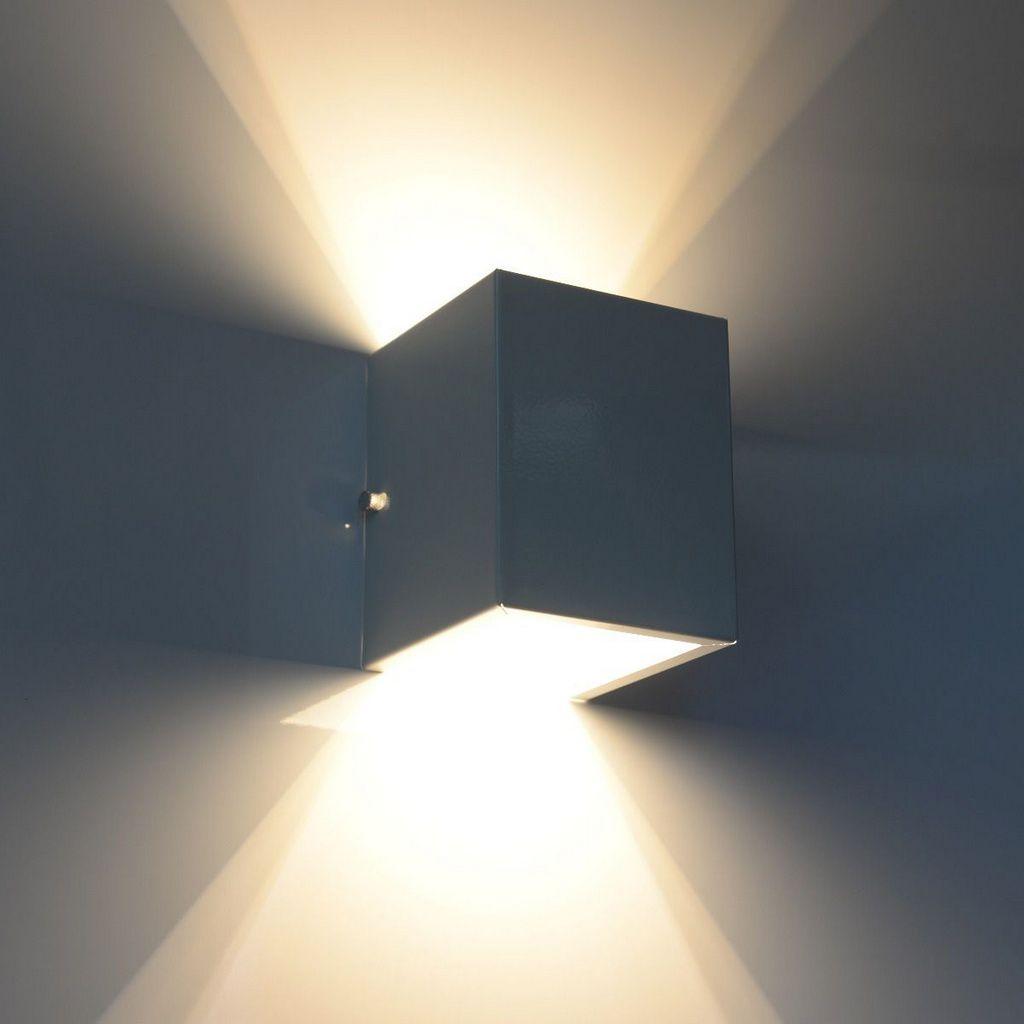 Luminária Arandela Branca dois fachos em alumínio para 1x Lâmpada G-9 H12cm x L10cm x Prof10cm