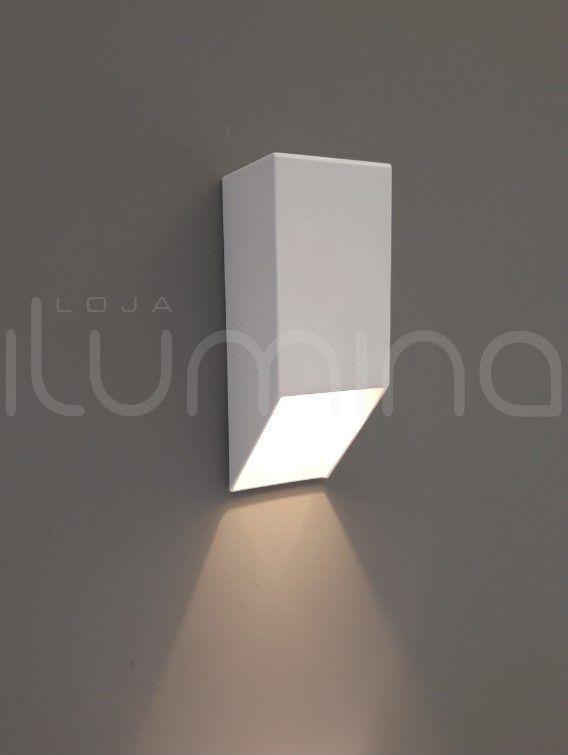 Arandela Vertical um facho área interna e externa em alumínio Incolustre para 1 lâmpada G9  20cm x 7cm x 7cm