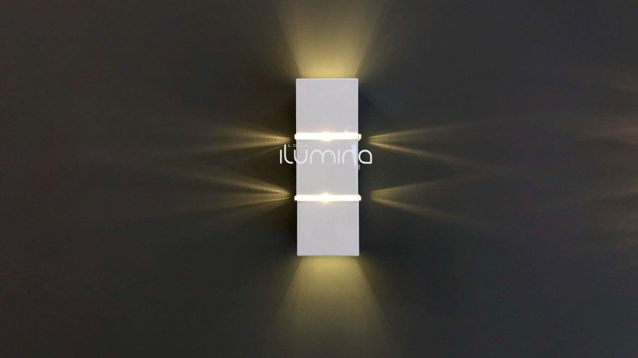 Arandela 2 fachos e 2 Frisos alumínio branca para 2 Lâmpadas G9 8cm x 8cm 22,5cm Incolustre