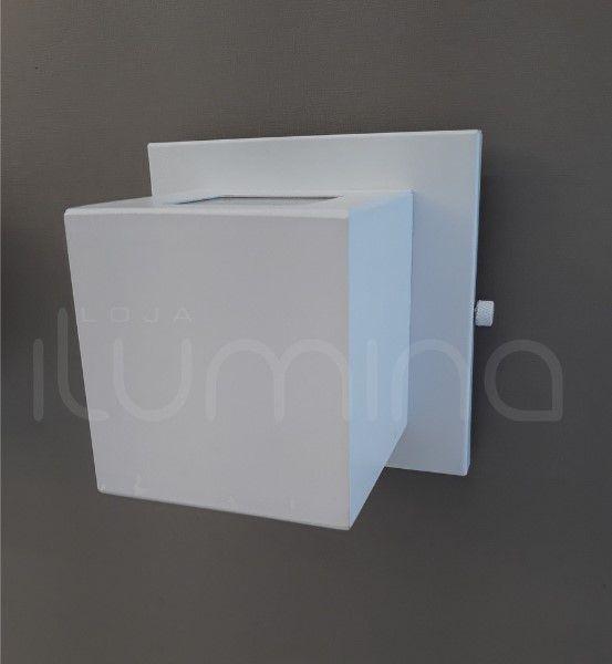 Arandela um facho interna ou externa em alumínio Incolustre EFFET 01 H11cm L9cm Base9cm