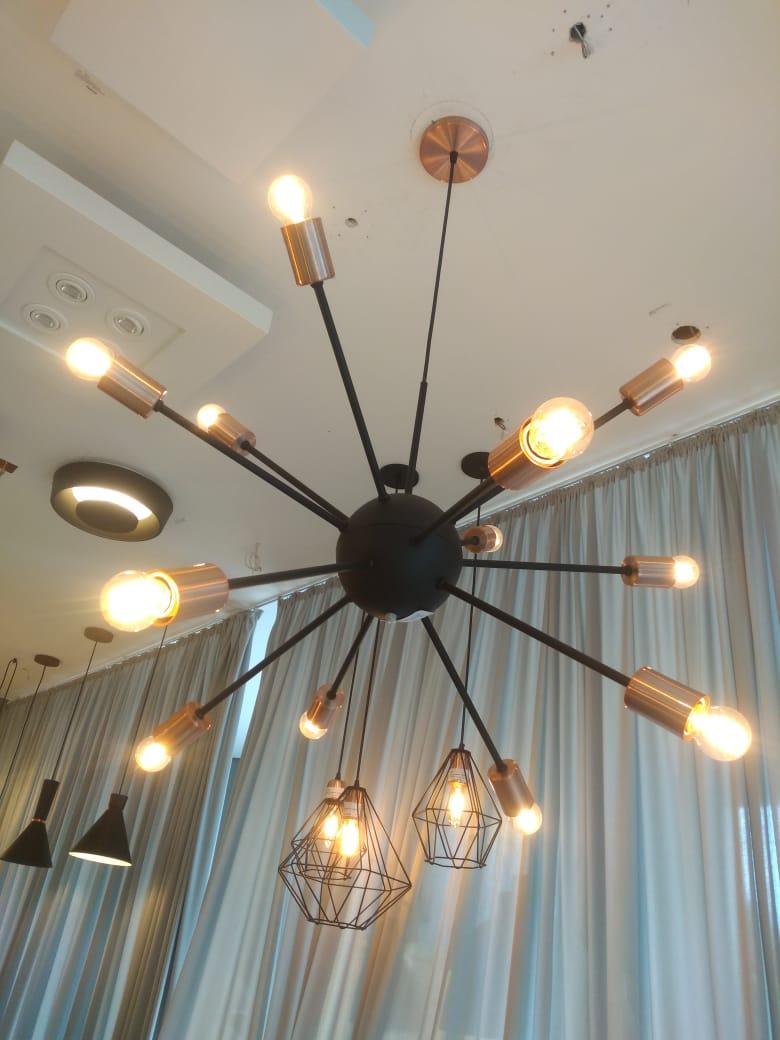 Pendente Sputnik Luminária Moderna Lustre Preto Fosco 12 Lâmpadas