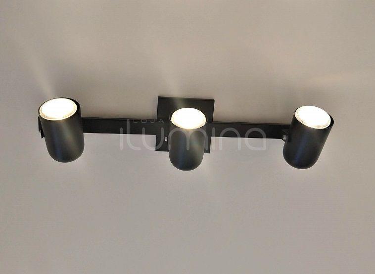Trilho com 3 Spots direcionáveis preto texturizado em alumínio 60 cm para 3 lâmpadas E27