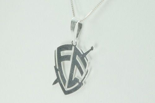 Pingente Escudo Da Fé Em Prata 925