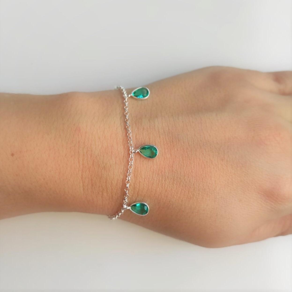 Conjunto Corrente Choker E Pulseira Com Pingentes Gotas Verdes De Prata 925