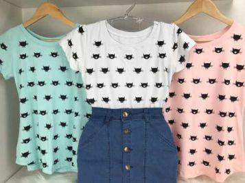 cfe625fd04 Blusa Blusinha T-shirt Estampa Gatinho