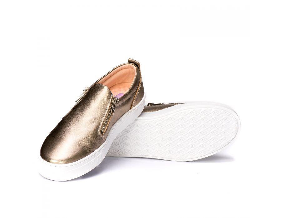 9108e0f3ed TÊNIS SLIP ON COURO METALIZADO OURO LIZZARE - Shop Do Calçado