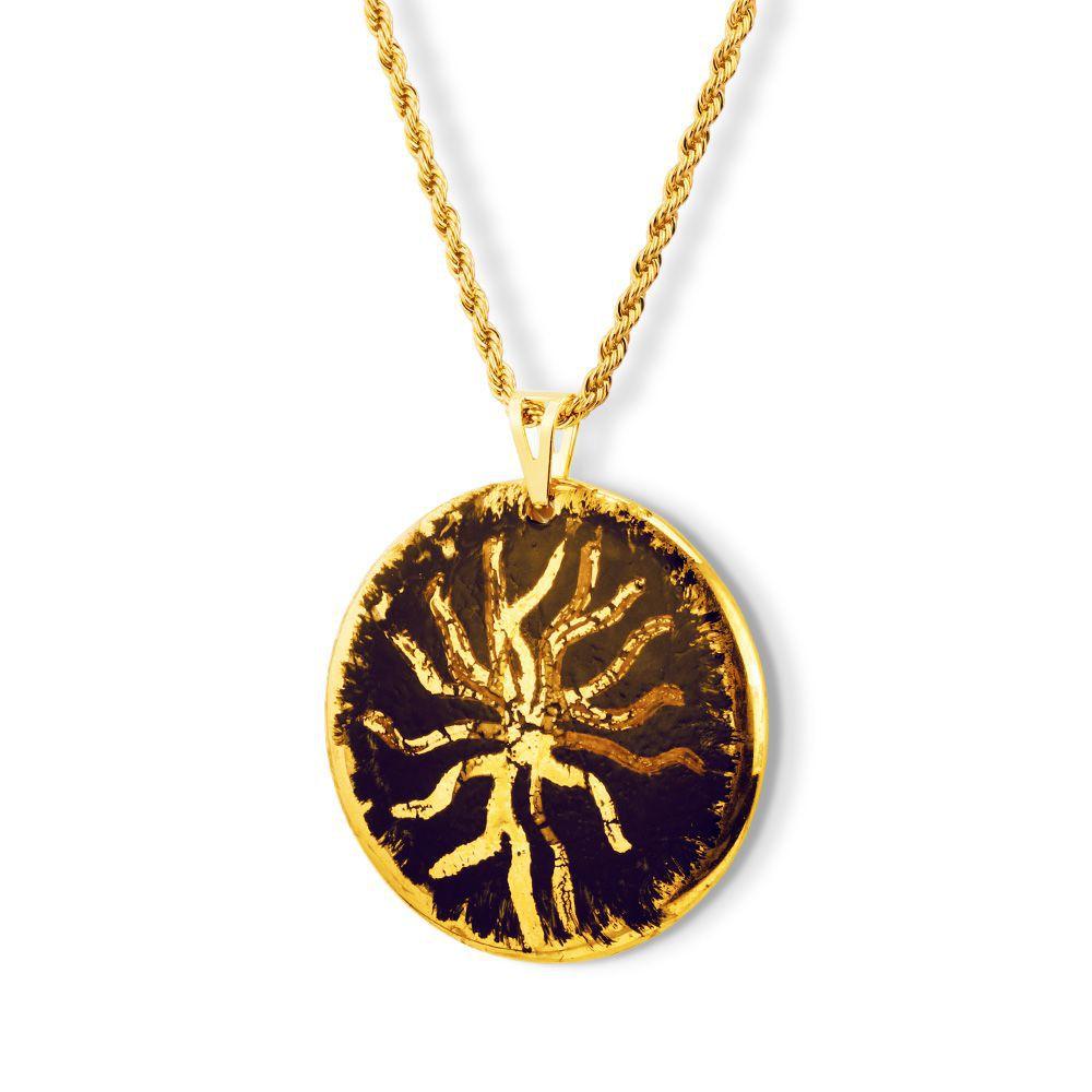 Pingente Black Gold Star detalhes ouro 18k
