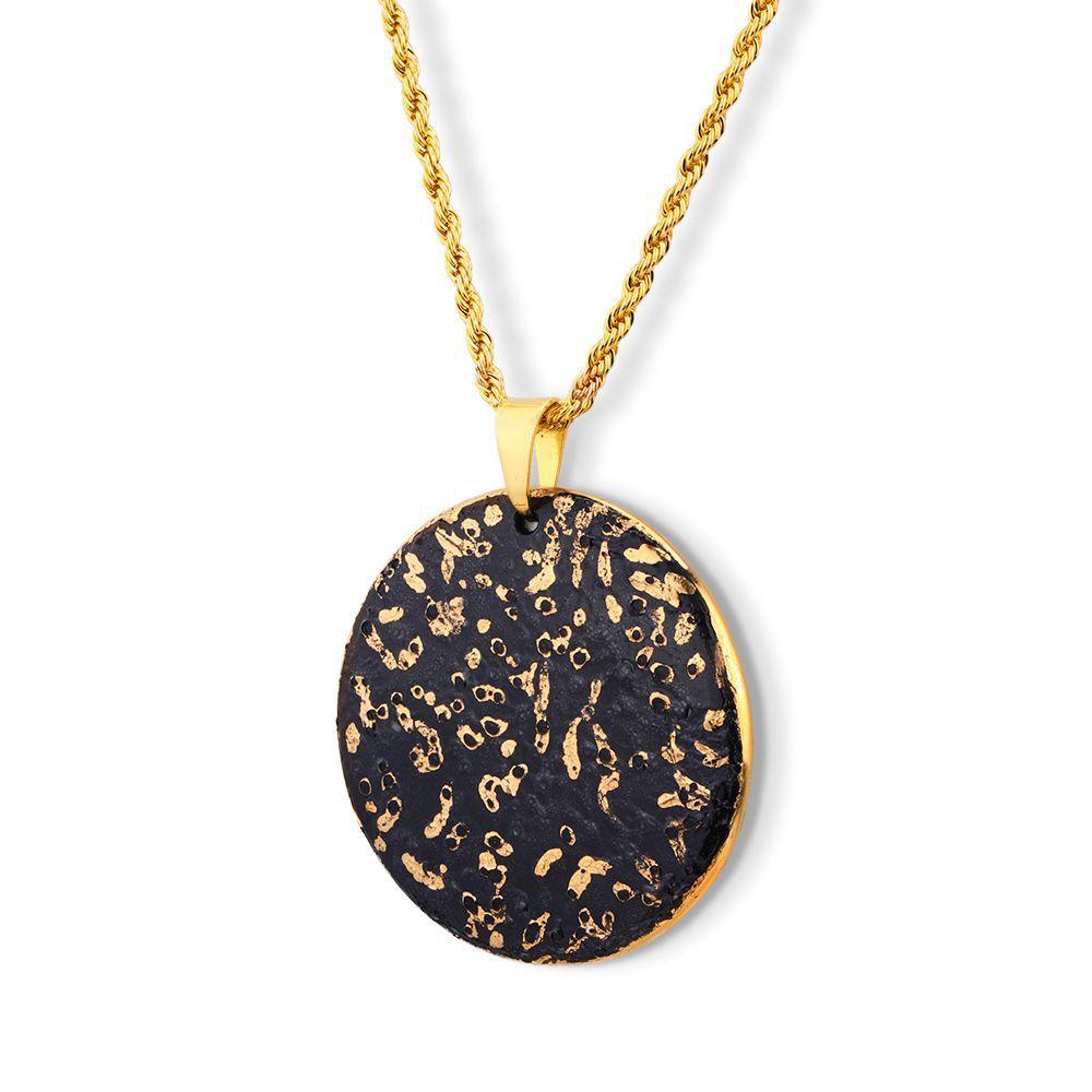 Pingente Medalha Black Gold Grande Porcelana com Pintura à Mão Com Ouro 18k