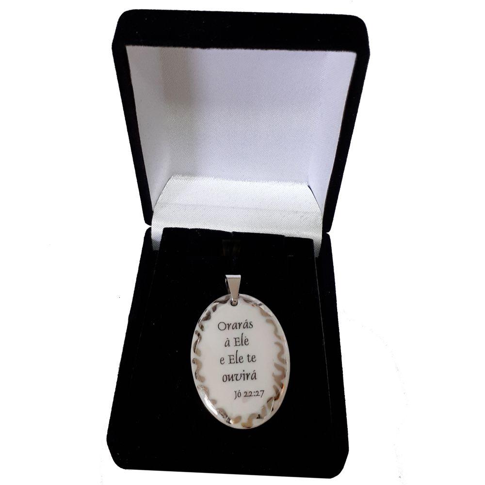 Pingente Medalha versículo borda ouro branco Orarás e Ele te ouvirá ouro branco