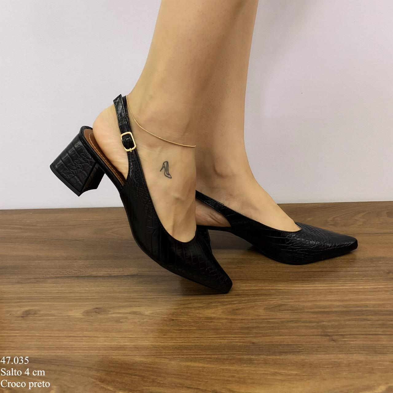 Scarpin Chanel Preto Croco | D-47.035