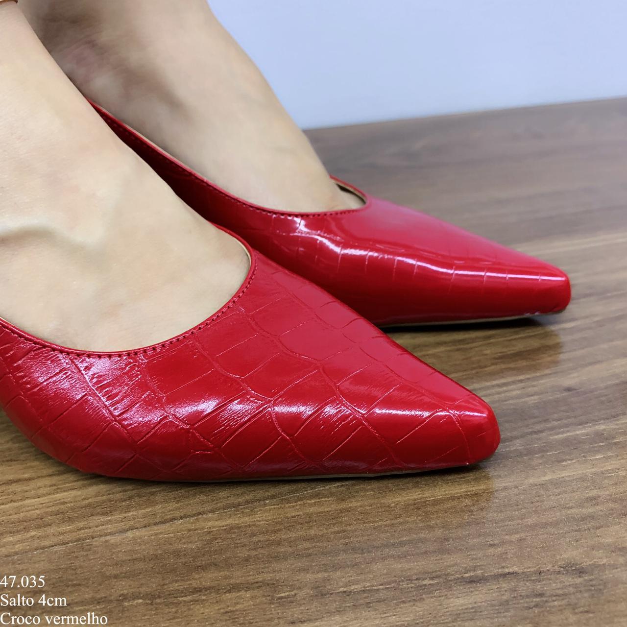 Scarpin Chanel Vermelho Croco   D-47.035