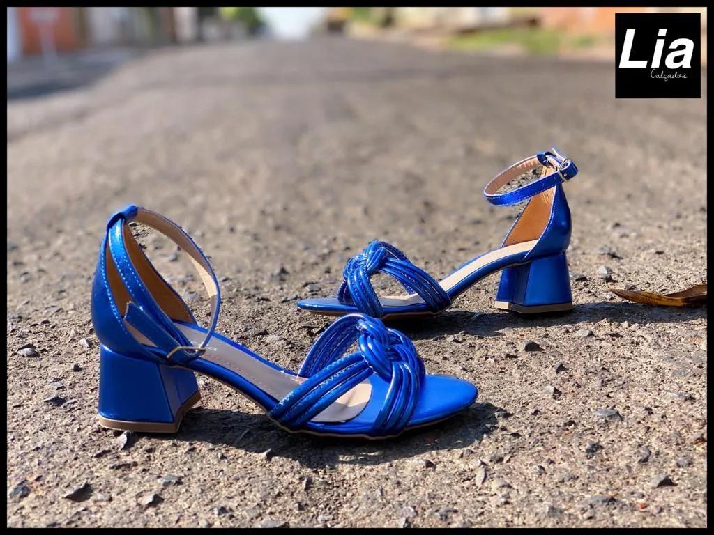 Sandália Azul Salto Quadrado | D-800-543