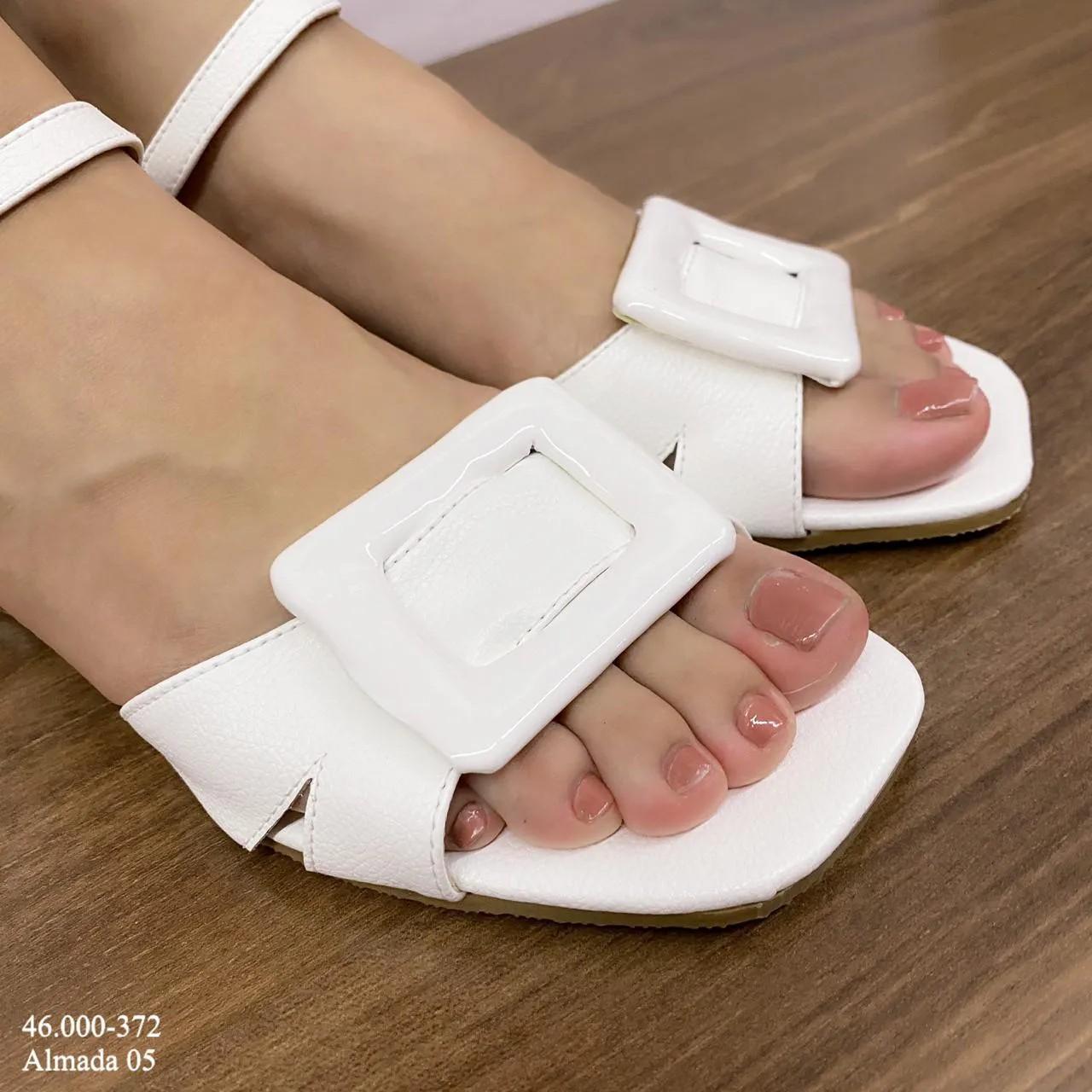 Sandália Branca Salto Baixo | D-46.000-372