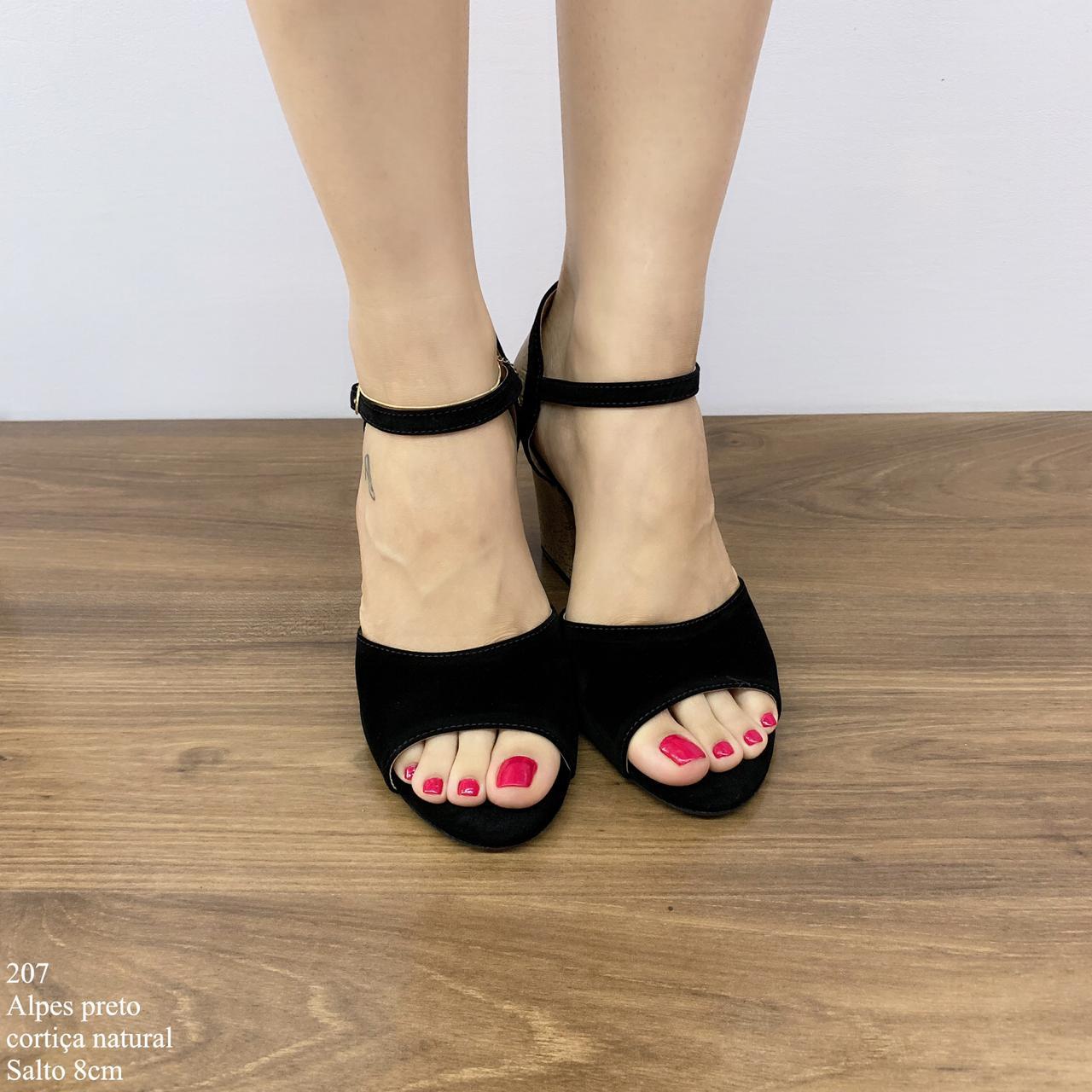 Sandália Preta Salto Médio | D-207