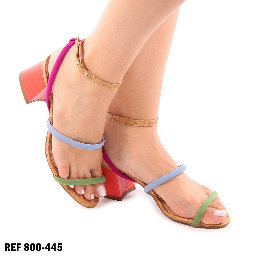 Sandalia color