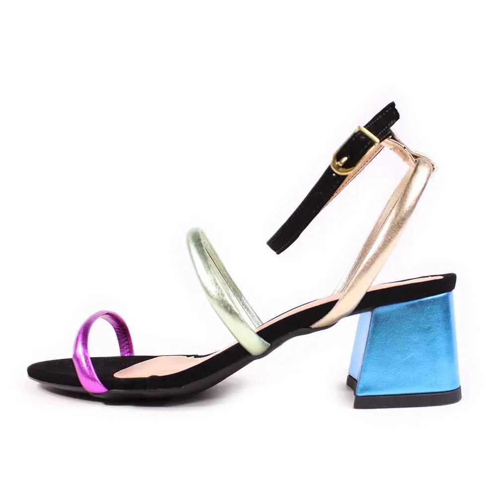 Sandalia Color preto