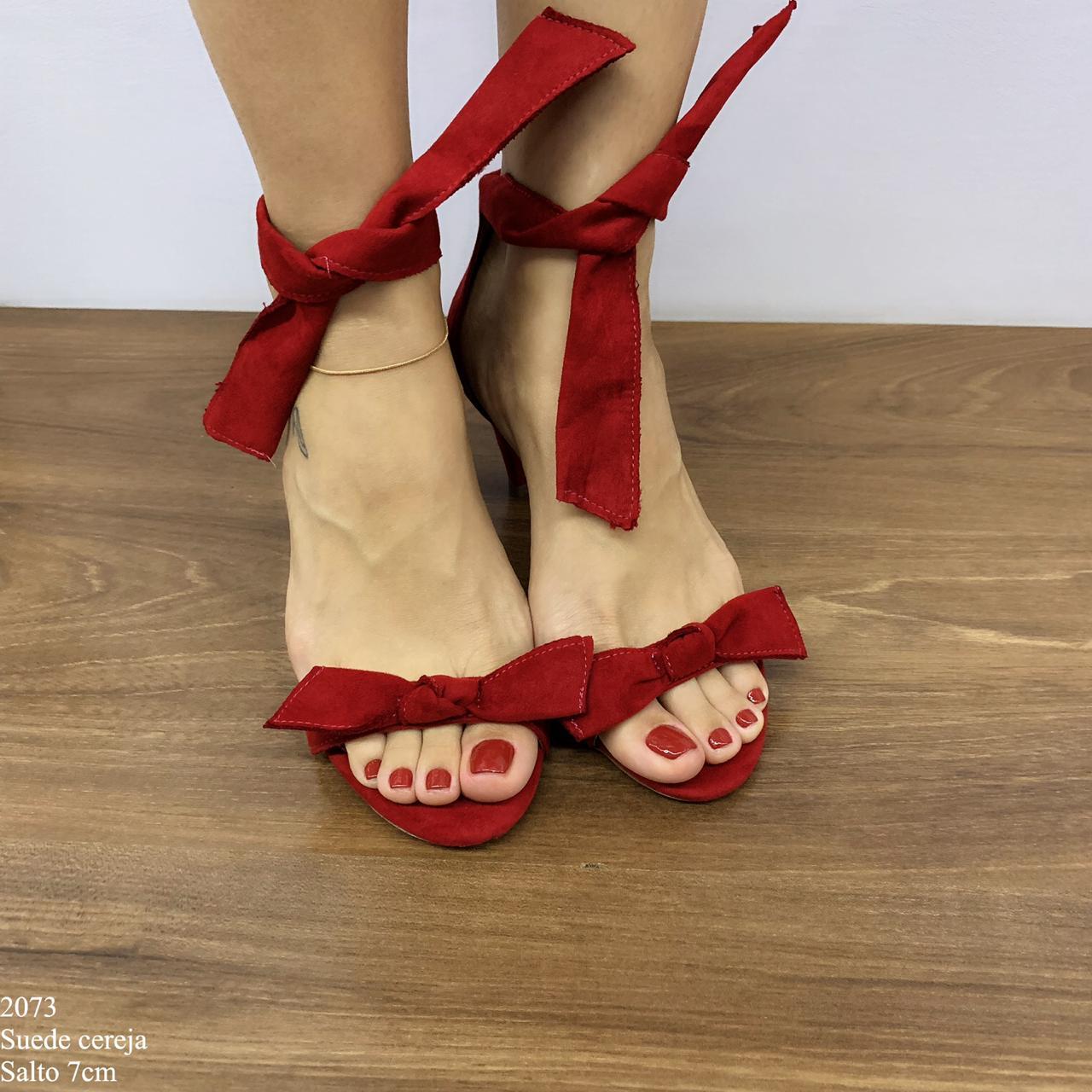 Sandalia Salto Alto com laço Cereja Suede | D-2073