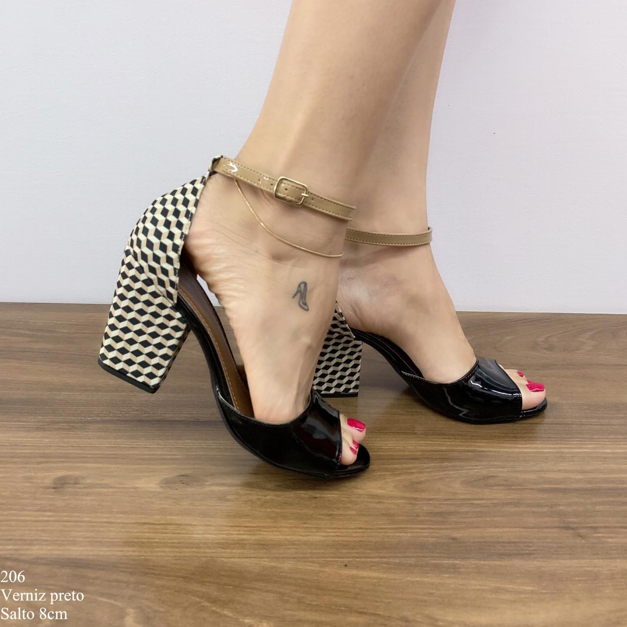 Sandália Verniz Preta | D-2021