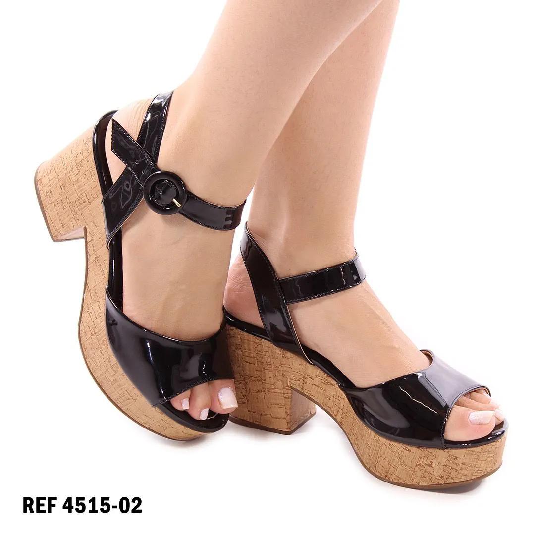 Sandália verniz preto | D-4515-02