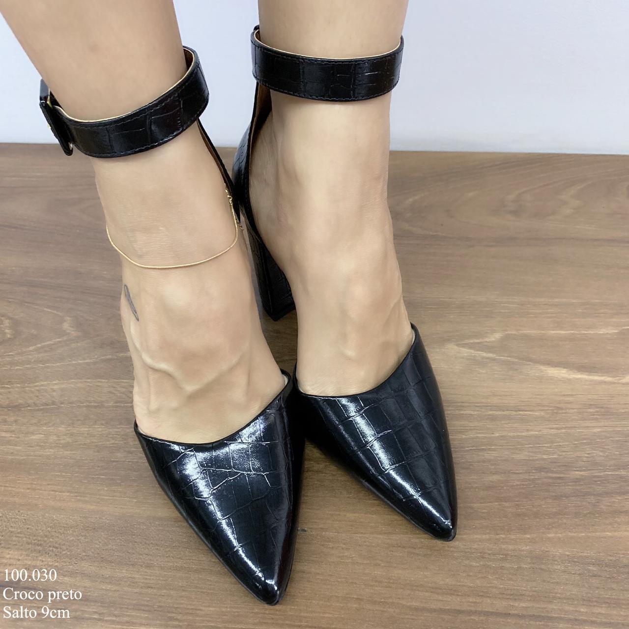 Sapato Scarpin Preto Croco | D-100.030