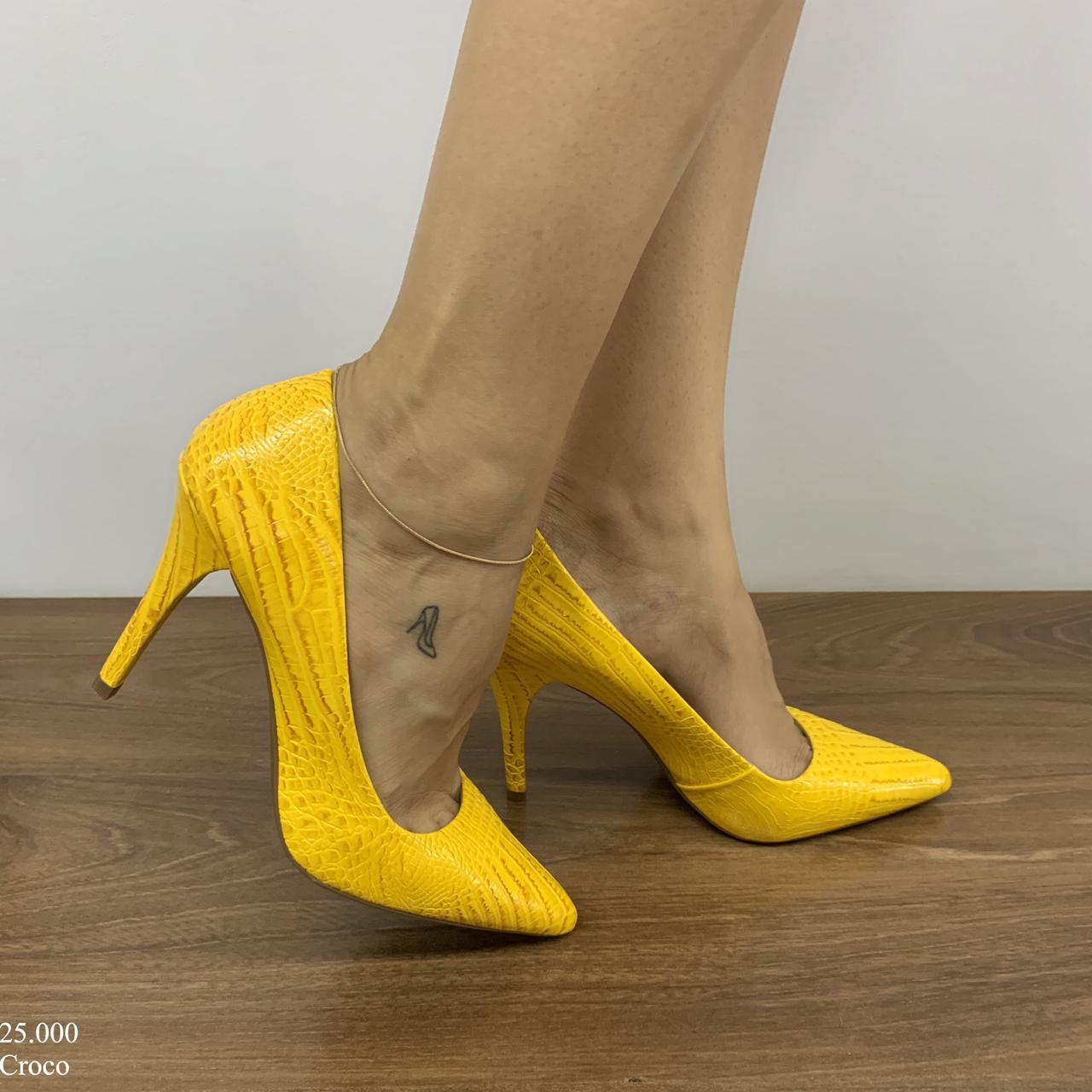 Scarpin Feminino Amarelo Croco | D-25.000-39