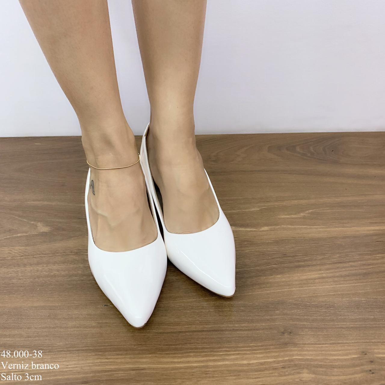 Scarpin Branco Verniz | D-48.000-38