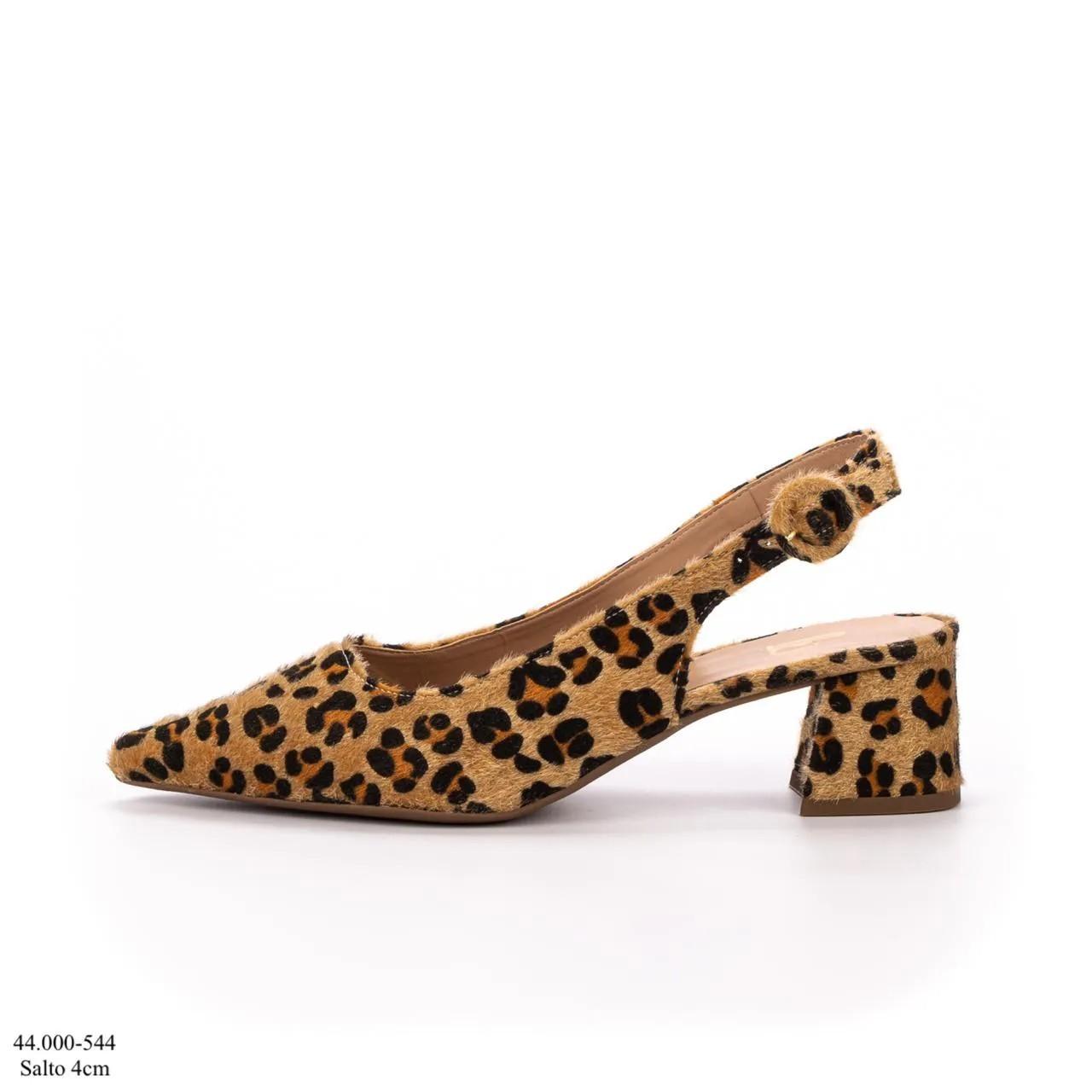 Scarpin Chanel Onça | D-47.000-544