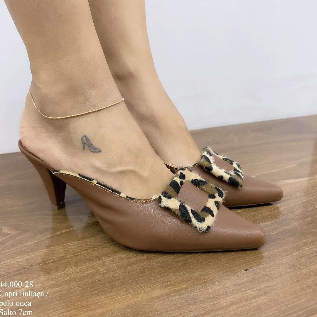 Mule Bico Fino Caramelo | D-44-000.28
