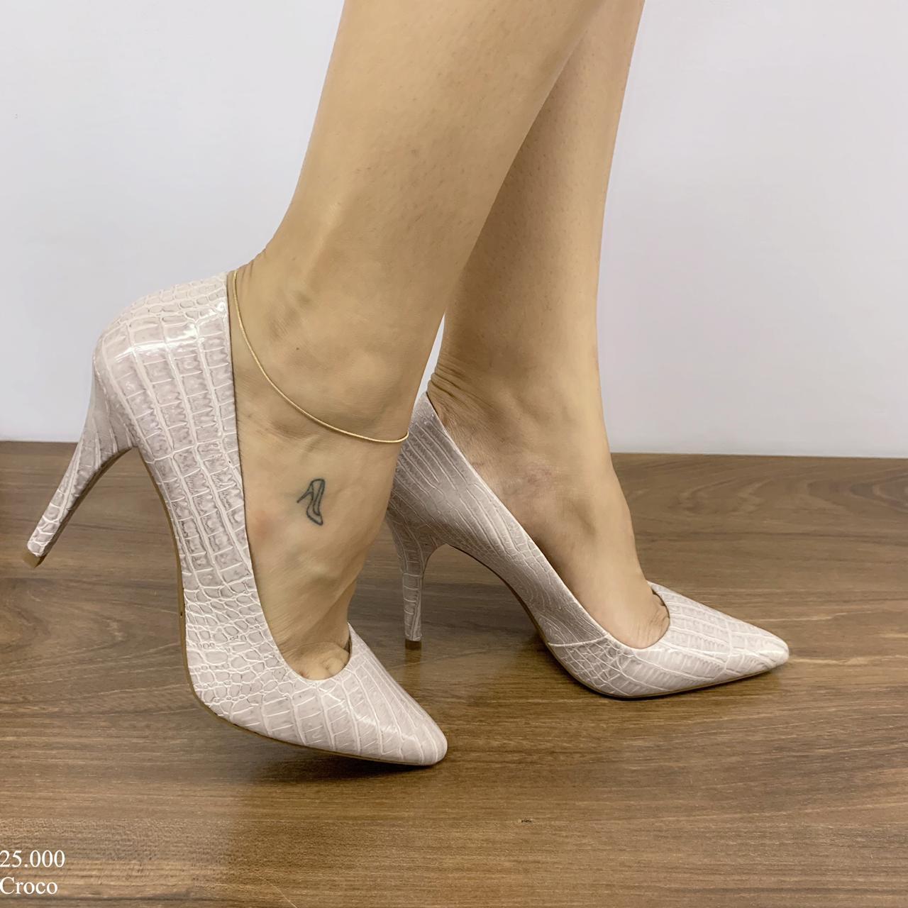Scarpin Feminino Creme Croco | D- 25.000-01