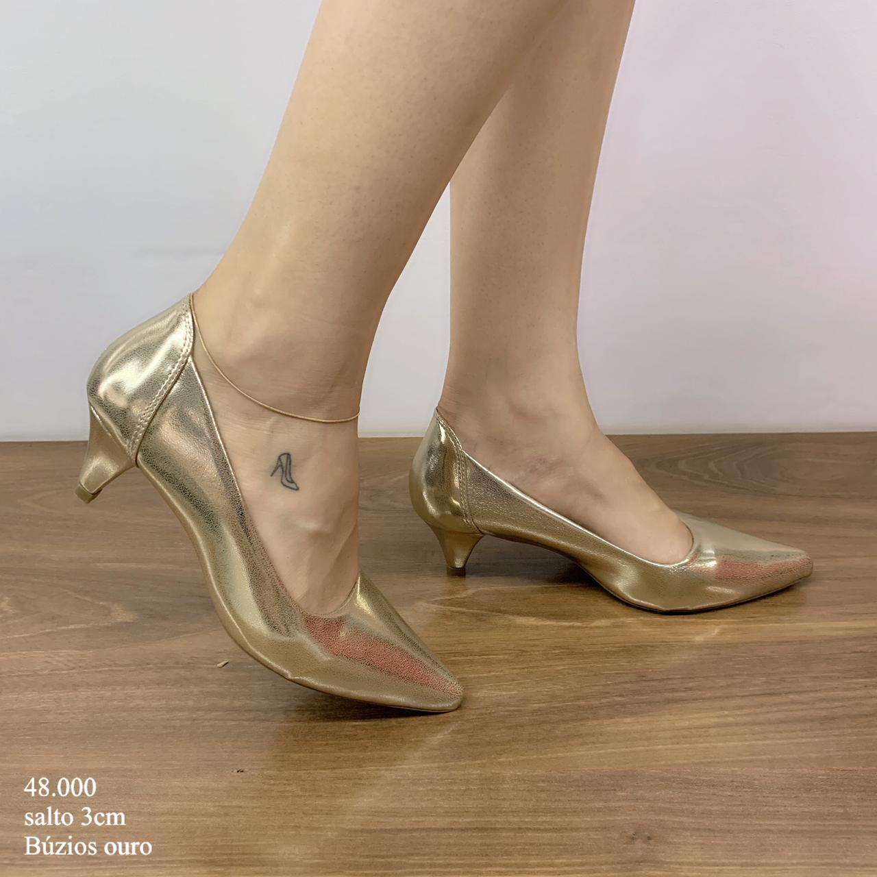 Scarpin Ouro Buzios | D-48.000-38