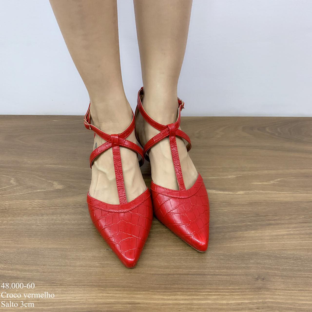 Scarpin vermelho croco em tiras | D- 48.000-60