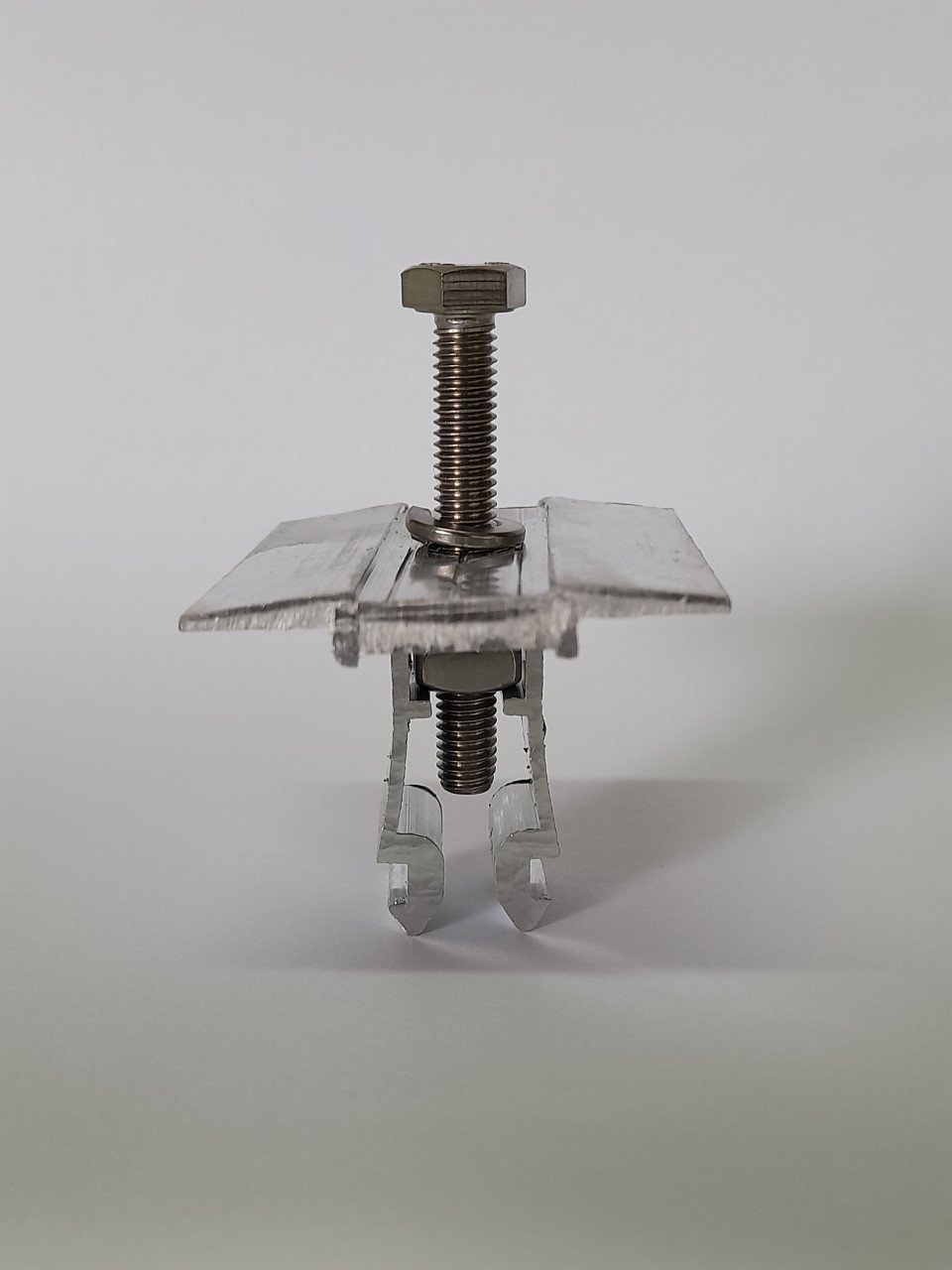 Fixador  V Intermediário P/ Painéis Solares- Middle Clamp c/ 8un