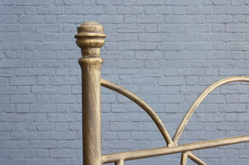 Cabeceira de Ferro Arábia Solteiro - Fixação na parede