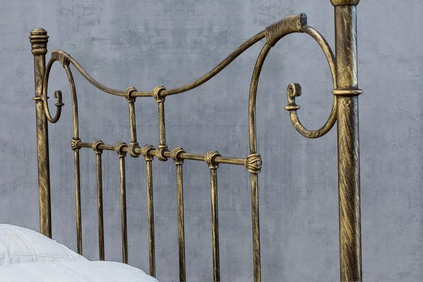 Cabeceira de Ferro Francesa Viúva - Fixação na parede