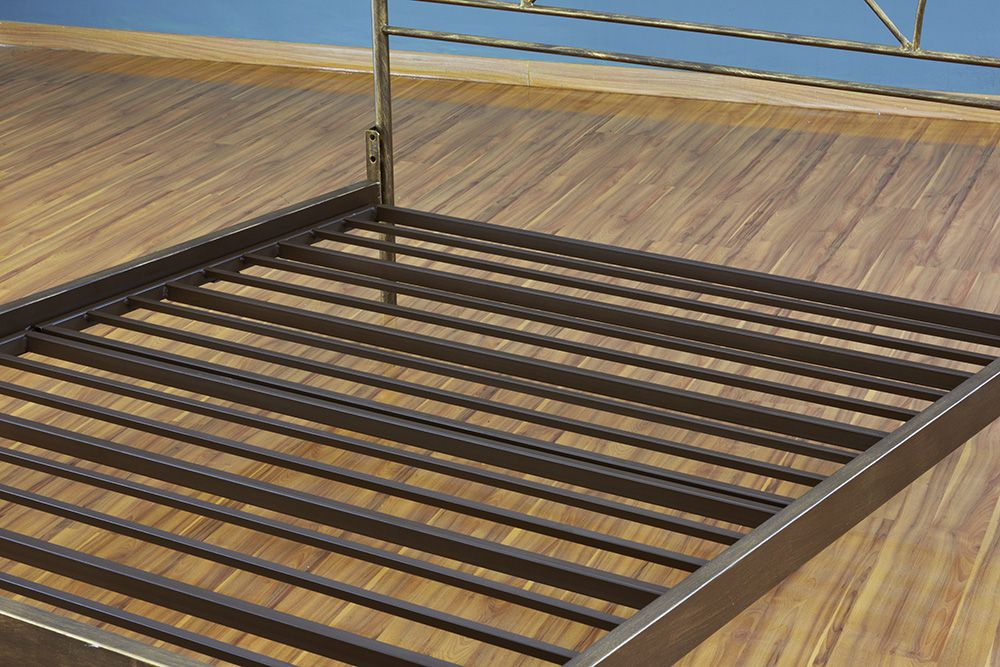 Cama de Ferro Arábia Queen Size - Sem desenho da peseira